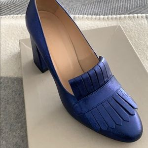 🚨SALE Like NEW !!!Club Monaco blue heels size 39